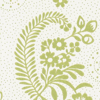 Schumacher Millicent Wallpaper in Leaf For Sale