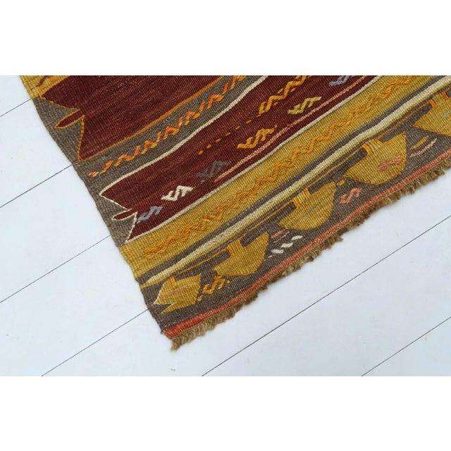 Anatolian Kilim Tribal Turkish Kilim Rug-4′8″ × 6′1″ For Sale - Image 11 of 13