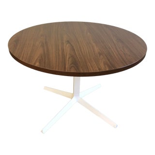Modern Knoll Dividends Horizon X Base Office Table For Sale