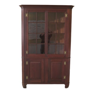18th Century Antique Virginia Chippendale Walnut Corner Cabinet For Sale