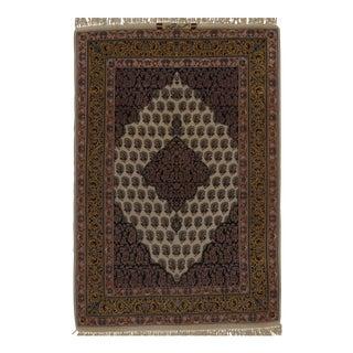 "Persian Isfahan Handmade Silk & Wool Rug - 3'8"" X 5'5"" For Sale"