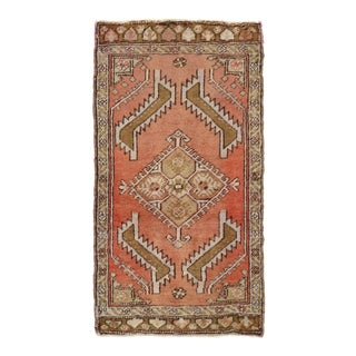 "Vintage Turkish Yastik Hand Knotted Wool Rug - 1'7"" X 2'11"" For Sale"