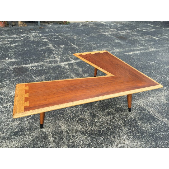 Vintage Mid-Century Modern boomerang coffee table from the Acclaim line at Lane Furniture. Has dovetailed and inlaid...
