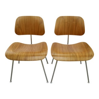 Pair of Eames Molded Chairs For Sale