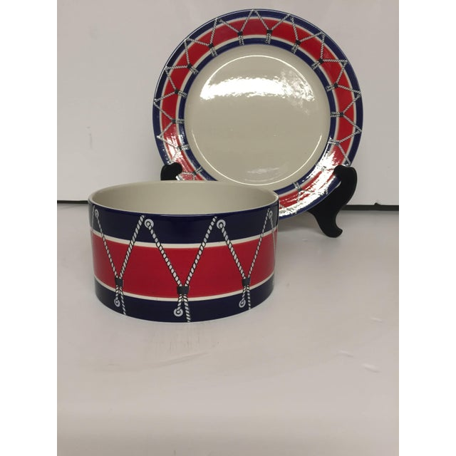 Fabulous and stylish set of Italian Mid-Century drum pattern dinnerware by Mancioli. Includes the following: Six bowls...