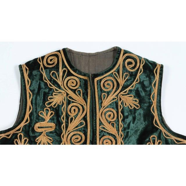 Islamic Authentic Ottoman Turkish Vest in Green Velvet For Sale - Image 3 of 9