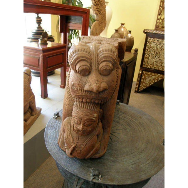 Mid 18th Century Pair of 18th Century Indian Teak Wood Guardian Lion Architectural Carvings For Sale - Image 5 of 7