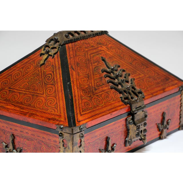 Anglo-Indian Large Decorative Indian Jewelry Box With Brass, Kerala Nettur Petti For Sale - Image 3 of 13