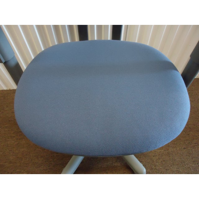 Modern Steelcase Criterion Blue Ergonomic Office Desk Chair For Sale In New York - Image 6 of 13