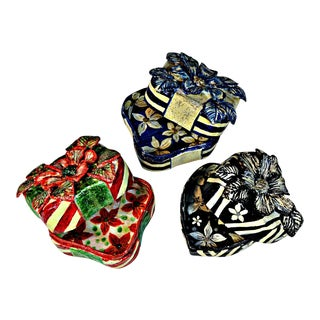 Vintage Papier Mache Trinket Boxes - Set of 3 For Sale