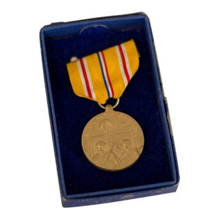 Vintage Department of the Navy Medal World War II Asia Pacific Campaign Medal