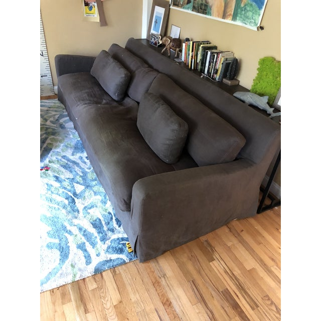 We love this 9 foot couch , but we don't have space for it in our remodeled house. Our loss is your gain! This couch is...