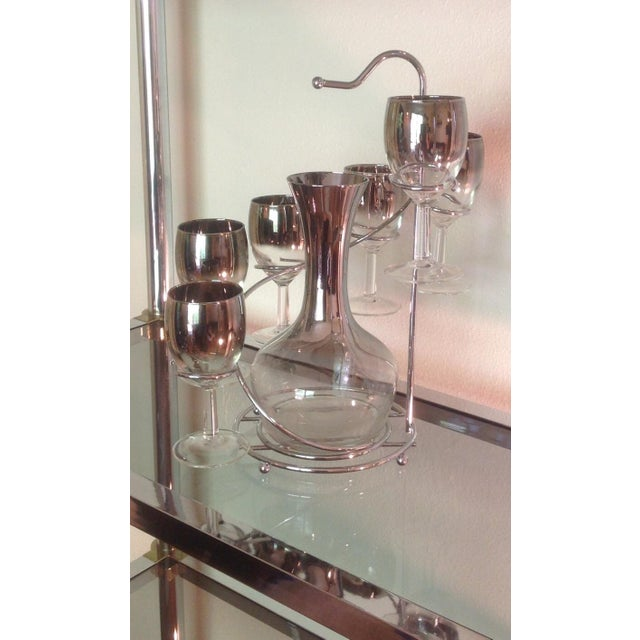 Mid-Century Modern 7-Piece Silver Ombre Spiral Decanter Set For Sale - Image 3 of 6