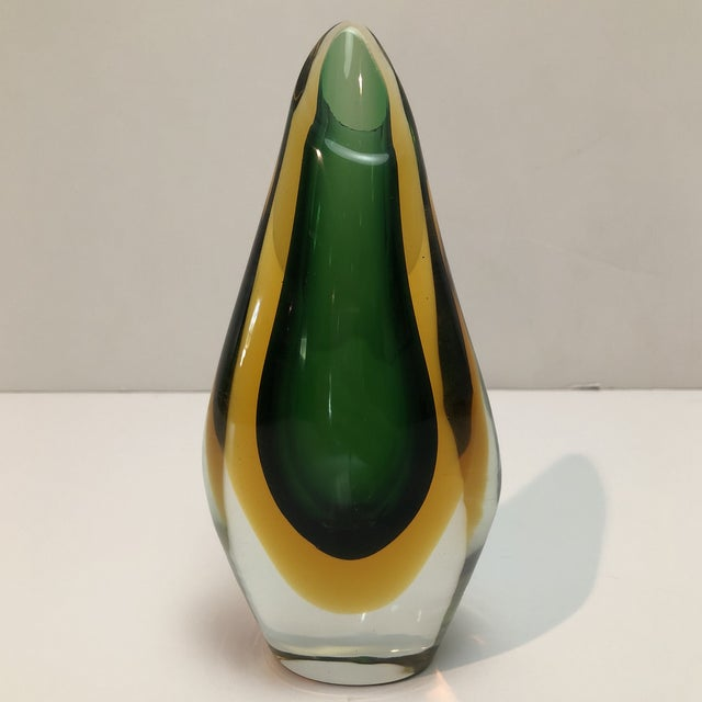This fabulous Murano Glass Vase presents classic Venetian glass-making technique called Sommerso in a catchy and elegant...
