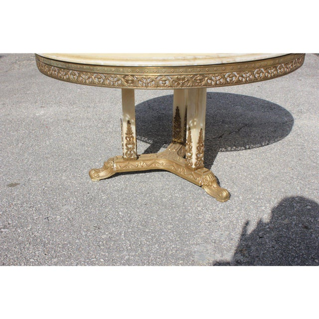 1940s 1940s Art Deco Maison Jansen Bronze Onyx Top Round Coffee Table For Sale - Image 5 of 13