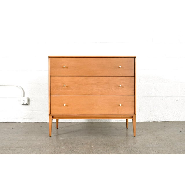 • Exceptional vintage mid century modern Paul McCobb Planner Group Three-Drawer dresser chest for Winchendon circa 1950. •...