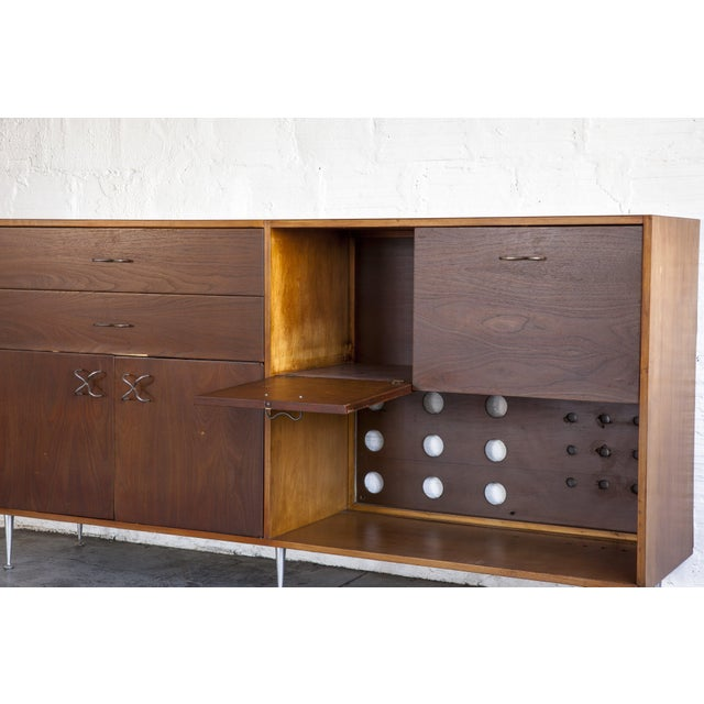 Herman Miller 1970s Mid-Century Modern George Nelson for Herman Miller Credenza For Sale - Image 4 of 13
