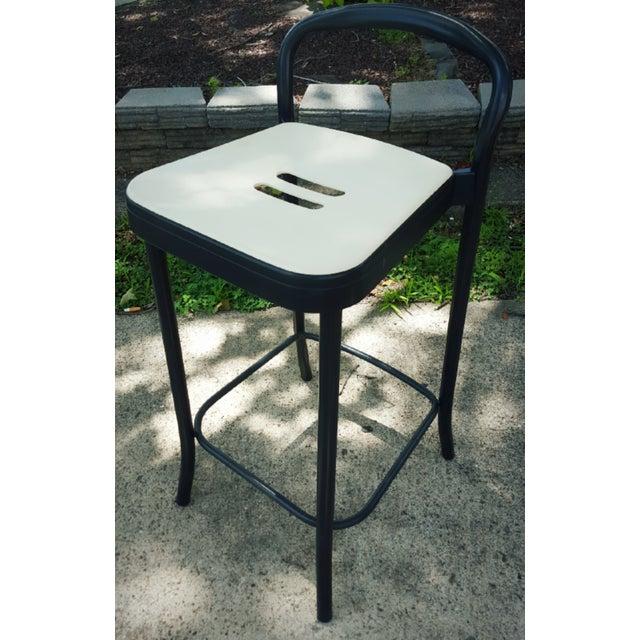 Italian Modern aluminum Mauna-Kea bar stool by Vico Magistretti for Kartell, in good condition. Age appropriate wear,...