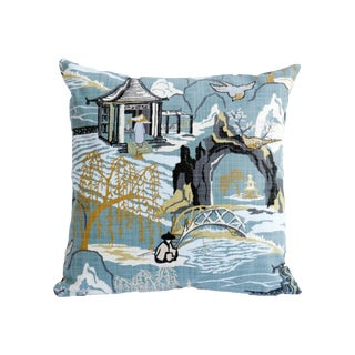 Chinoiserie Light Blue Chinoiserie Pillow on Linen For Sale