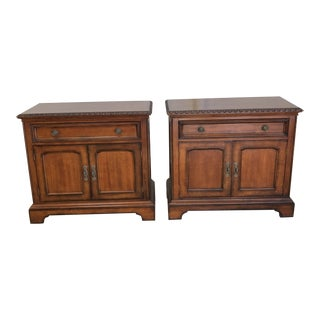 Traditional Hickory White Nightstands - a Pair For Sale