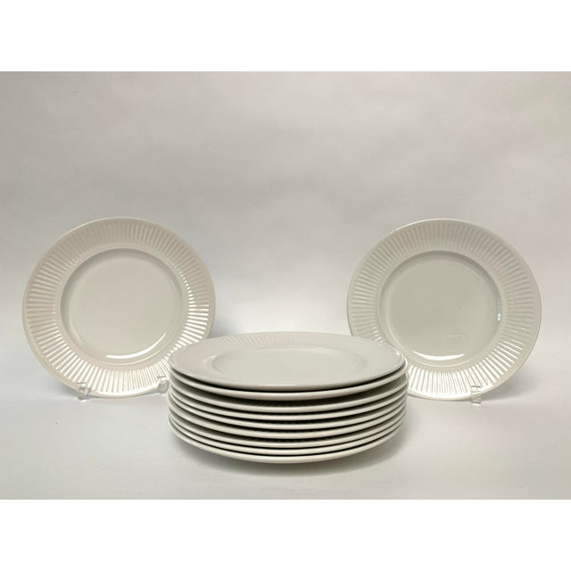 1960s Final Markdwon 1960s Johnson Brothers White Ironstone Dinner Plates - Set of 11 For Sale - Image 5 of 12