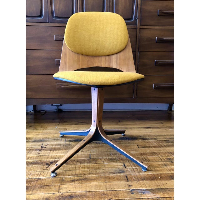 Metal Mid Century George Mulhauser Swivel Chair for Plycraft For Sale - Image 7 of 7