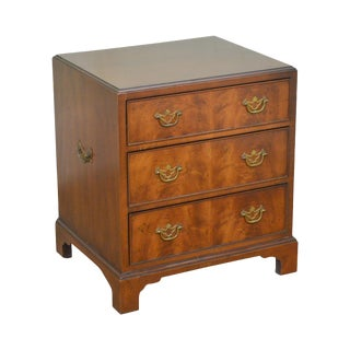 Henredon 18th Century Portfolio George III Style Walnut 3 Drawer Nightstand Chest