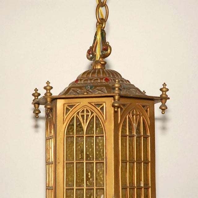 1910s 1910s Gothic Style Bradley and Hubbard Gold Metal Hall Lantern For Sale - Image 5 of 9
