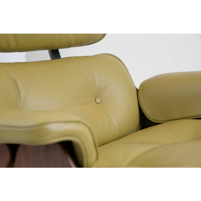 Early Production Model 670/671 Lounge Chair & Ottoman by Charles & Ray Eames For Sale - Image 12 of 13