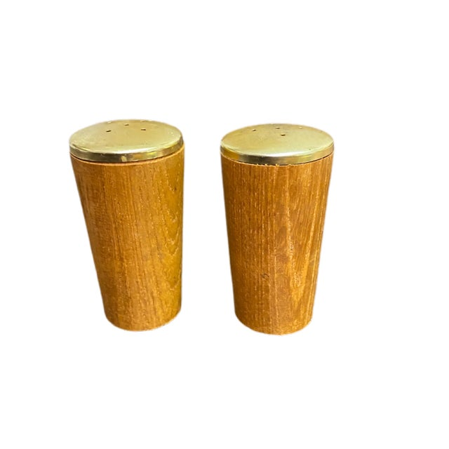 Vintage Danish Modern Salt and Pepper Shakers - a Pair For Sale In Charleston - Image 6 of 6