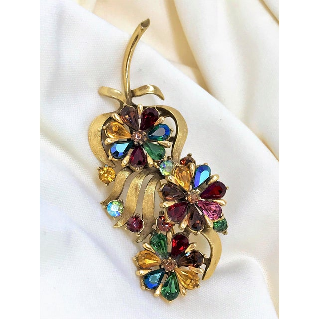 Coro 1960s Coro Jewel-Tone Faceted Stone Brooch For Sale - Image 4 of 6