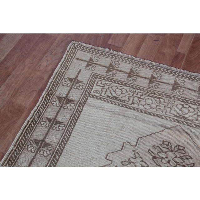 """Vintage Turkish Muted Wool Rug - 3'11"""" x 5'10"""" For Sale - Image 5 of 11"""