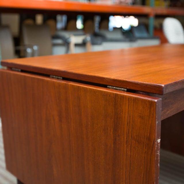 Arne Vodder Style Single Pedestal Drop-Leaf Teak Desk For Sale - Image 5 of 10
