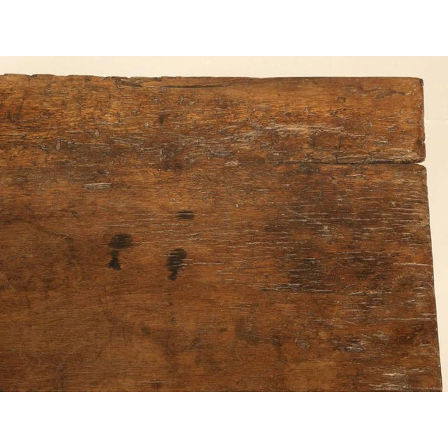 Early 18th Century Antique Spanish Walnut End Table For Sale - Image 5 of 10