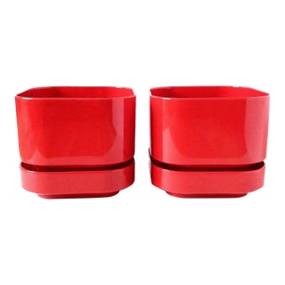 Mid Century Ingrid Ltd Chicago Red Cachepot a Pair For Sale