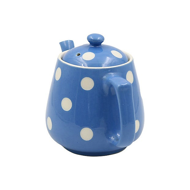 English blue and white polka dot single serve tea pot in the Blue Domino pattern. Made by T.G. Green, Blue Domino is one...