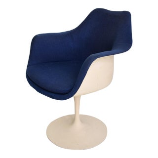 Knoll Tulip Chair 1956 by Eero Saarinen Mid Century Modern For Sale