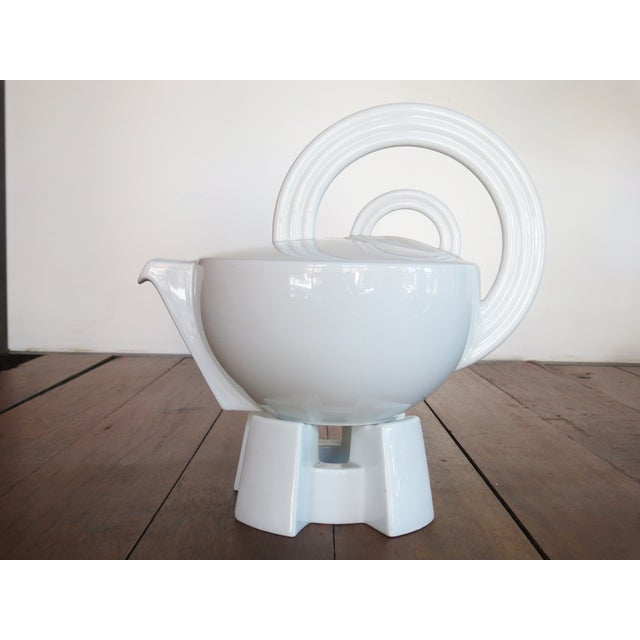Mario Bellini 'Cupola' Teapot with Stand - Image 3 of 10