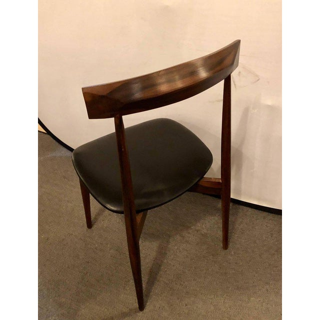 1970s Set of Four Mid-Century Modern Slat Back Black Leather Side Chairs For Sale - Image 5 of 9