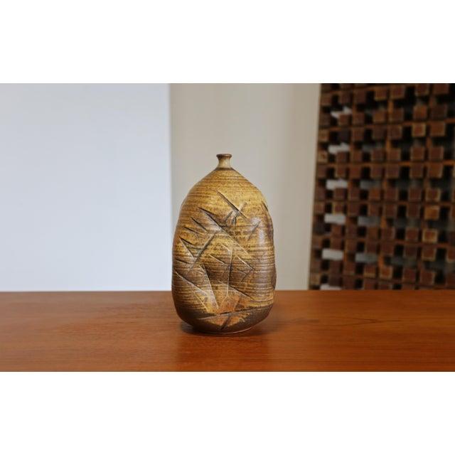 Tim Kennan Ceramic Vase For Sale In Los Angeles - Image 6 of 9