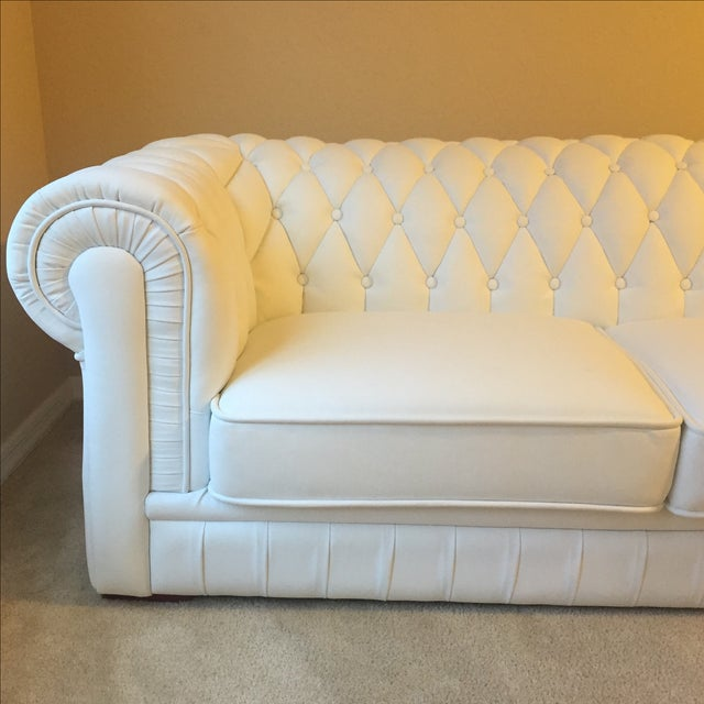 White Leather Tufted Back Sofa - Image 3 of 10