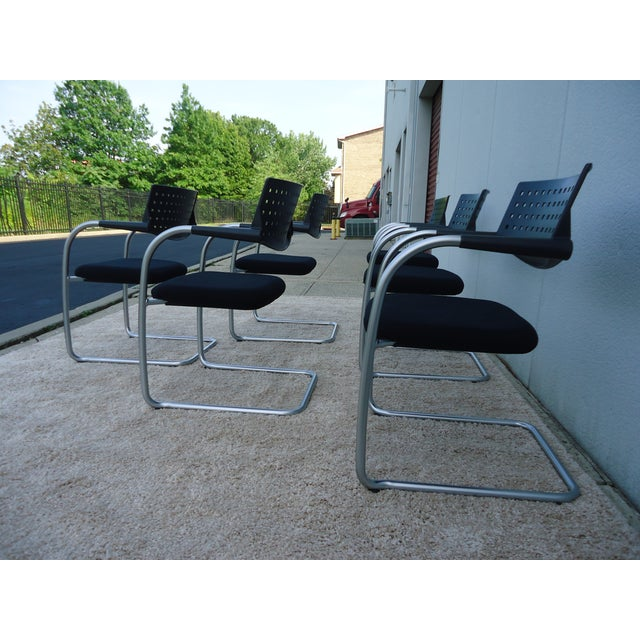 Vitra Modern Antonio Citterio for Vitra Visasoft Visavis Guest and Conference Chairs- Set of 6 For Sale - Image 4 of 13