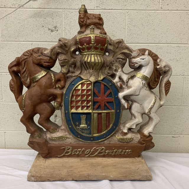Large Scale British Coat of Arms Sculpture For Sale - Image 4 of 13