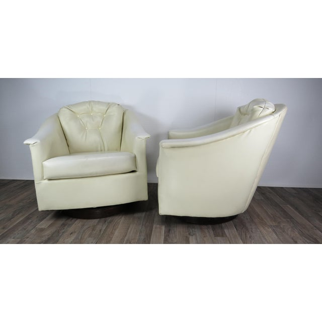 Mid-Century Modern 1970s Mid-Century Modern White Vinyl Swivel Chairs - a Pair For Sale - Image 3 of 13