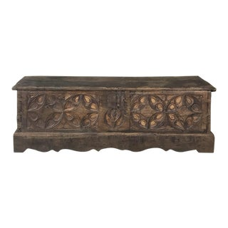 17th Century Spanish Trunk For Sale