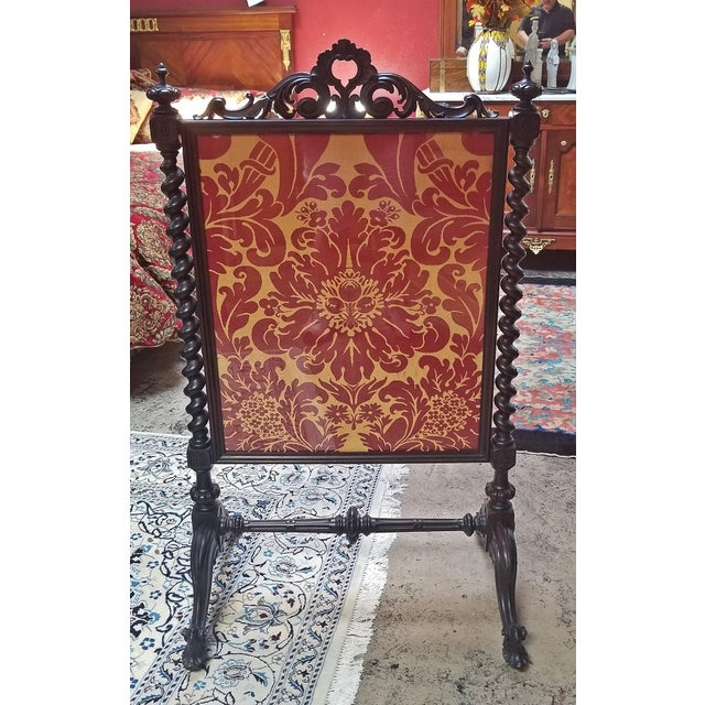 Red Mid 19c American Rococco Revival Fire Screen For Sale - Image 8 of 10