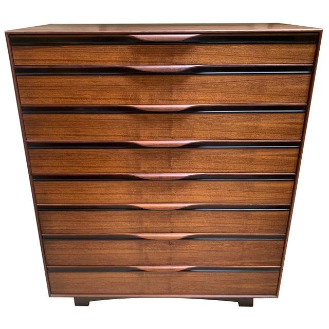 Mid-Century Modern 1950s John Kapel Walnut Tall Dresser for Glenn of California For Sale - Image 3 of 11