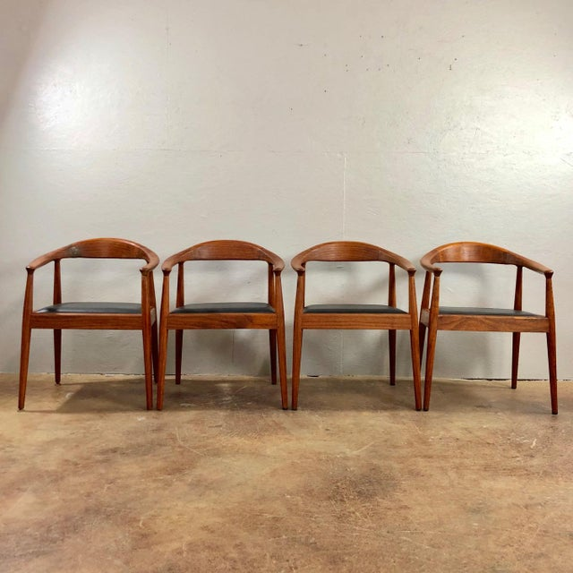 1960s Vintage Hans Wegner Style Danish Modern Dining Chairs- Set of 4 For Sale - Image 11 of 11