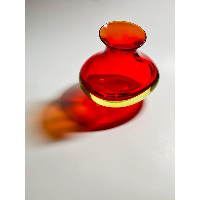 """Glass 1963 Antonio Da Ros Cenedese """"Coppa Con Labbro"""" Sommerso Red Uranium Glass Vase For Sale - Image 7 of 8"""