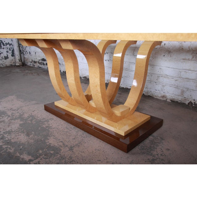 Italian Art Deco Birdseye Maple and Mahogany Pedestal Extension Dining Table For Sale - Image 4 of 11